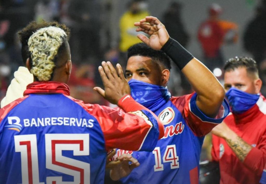 De brazo de César Valdez, República Dominicana venció a México y se mantiene invicto a Mazatlán 2021.